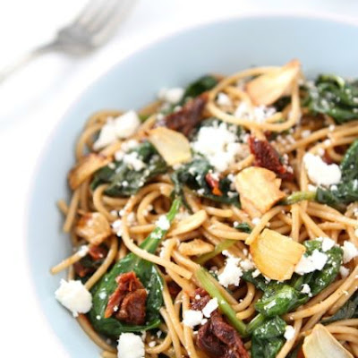 Spaghetti with Sun Dried Tomatoes & Spinach