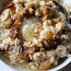 Nutty Raisin Oatmeal