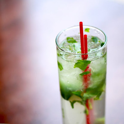 How to Make the 10-Second Mojito