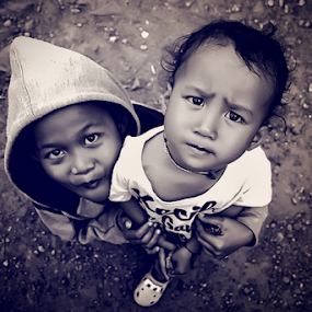 Bocah by Lay Sulaiman - Babies & Children Child Portraits ( , black and white, b&w, child, portrait )