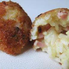 Ham and Cheese Arancini (Italian Fried Rice Balls)
