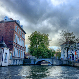 Bruges Canal by Ludwig Wagner - Instagram & Mobile iPhone