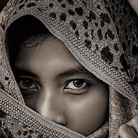 by Ayahnya Cakrabuwana - People Portraits of Women