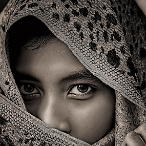 RISKA  by B Photography - People Portraits of Women