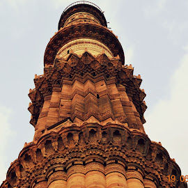 qutub minar by Bodhisatya Ghosh - Buildings & Architecture Statues & Monuments