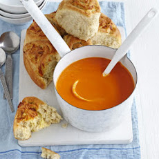 Tomato Soup With Tear & Share Cheesy Bread