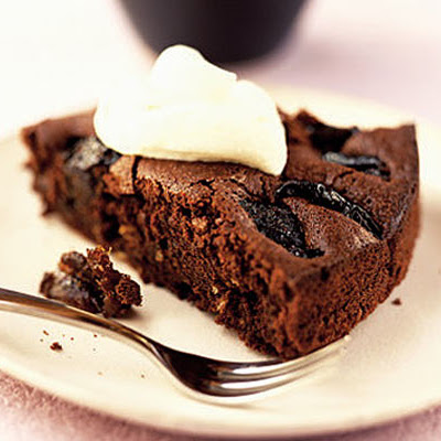 Prune & Chocolate Torte