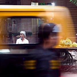 A blurry world. by Varun Joel - City,  Street & Park  Street Scenes ( streetphotography, market, street scene, street photography )