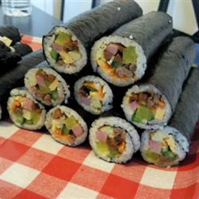 Korean Beef Mince And Tuna Sushi