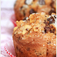 Hazelnut-Chocolate Chip Muffins