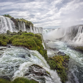 Iguazu by Paul Runze - Landscapes Waterscapes ( 2014 so america, family, waterfall brazil x argentina x )