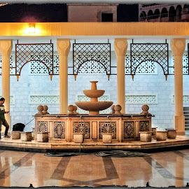Sharif Hussein Bin Ali by Francesca Riggio - Buildings & Architecture Other Interior ( building, aqaba, jordan, mosque, architecture )