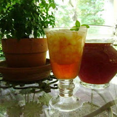 Oak Alley's Sweet Mint Iced Tea