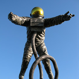 Spaceman by Ian Clothier - City,  Street & Park  Street Scenes ( spaceman, cosmonought, astonought, alone, visitor )