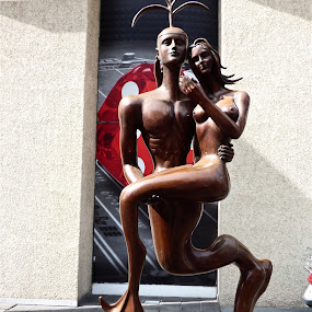 TRITON Y LA SIRENA by Jose Mata - Artistic Objects Other Objects