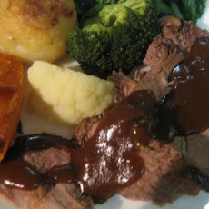 Traditional Gravy for Roast Beef, Lamb, Pork or Duck