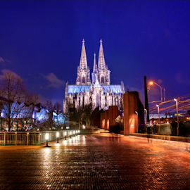 Dom in Cologne, Germany by Sean Price - Buildings & Architecture Places of Worship ( hdr, dom, long exposure, cathedral, germany )