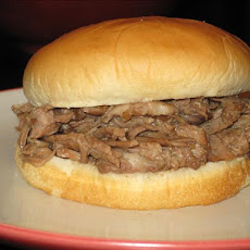 Lynn's Best-Ever Hot Beefs