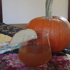 Apple cider cocktail