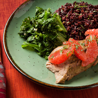 Fennel-Rubbed Pork Tenderloin with Grapefruit, Mustard Greens & Black Rice