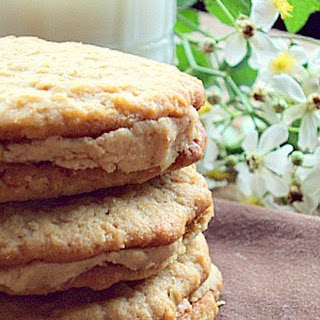 Oatmeal Peanut Butter Sandwich Cookies with Peanut Butter Filling