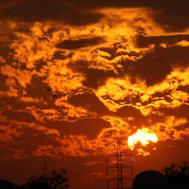 Nilofar Sunset on 31st Oct 2014 by Saeed Babar - News & Events Weather & Storms