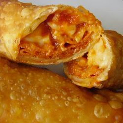Crispy Pepperoni Pizza Rolls