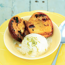 Grilled-Peach Sundaes