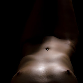 On the floor by Ulrik Gilberg - Nudes & Boudoir Artistic Nude ( nude, female, low key, woman, shadow )