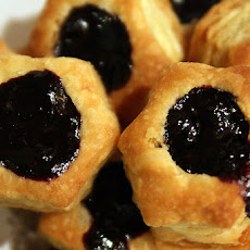 Chocolate Blueberry Vol-Au-Vent {Dessert in Under 30 Minutes!} #sponsored