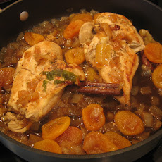 Chicken Tagine with Apricots and Sliced Almonds