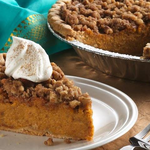 Sweet Potato Pie with a Pecan-Crunch Streusel Recipe | Yummly
