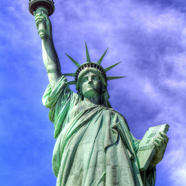 lady liberty by JERry RYan - Buildings & Architecture Statues & Monuments