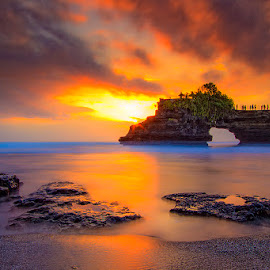 pura bolong, bali indonesia by Ipin Utoyo - Landscapes Sunsets & Sunrises