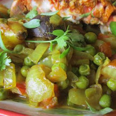 Aloo Rasdar - Indian Potato in Gravy Ala Rukshana