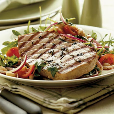 Griddled Tuna With Bean & Tomato Salad