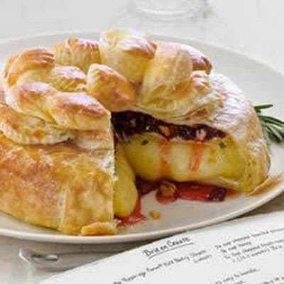 Dried Cherries, Pecans and Rosemary Brie en Croute
