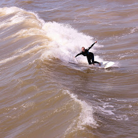 by Larry Summey - Sports & Fitness Surfing