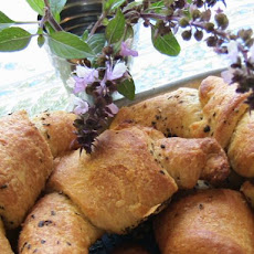 Garlic Basil Crescent Rolls- Homemade Gourmet