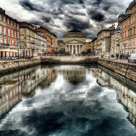 # by Andrea Gržević - City,  Street & Park  Historic Districts ( trst )