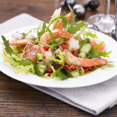 Prawn, Pomegranate & Grapefruit Salad