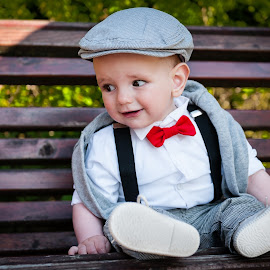 the Gentleman... by Iosif Vajnar - Babies & Children Child Portraits ( children, ianis, portraits, gentleman )