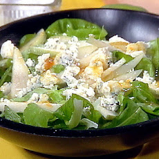 Arugula Salad with Pear, Blue Cheese and Apricot Vinaigrette