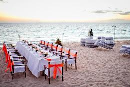 Castaway reception dinner setup