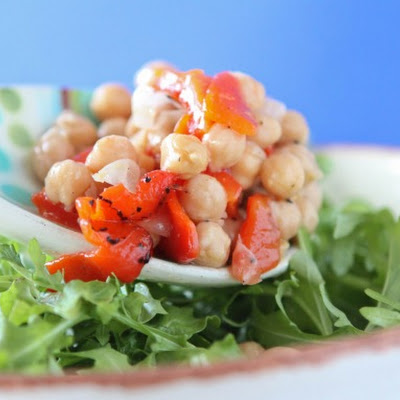 Lemon Dressing Drizzled Chickpea and Sweet Pepper Arugula Salad