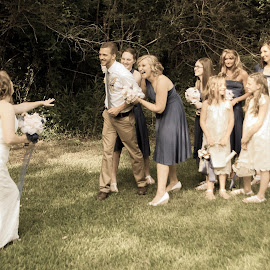 by Laura Johnston - Wedding Groups ( wedding )