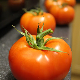 Fresh tomatoes by Martyna Sumarti - Food & Drink Fruits & Vegetables ( tomato, food, cooking, fresh food, vitamin,  )