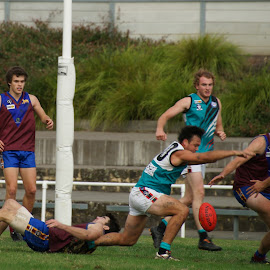 Hitting the Deck by Jefferson Welsh - Sports & Fitness Australian rules football