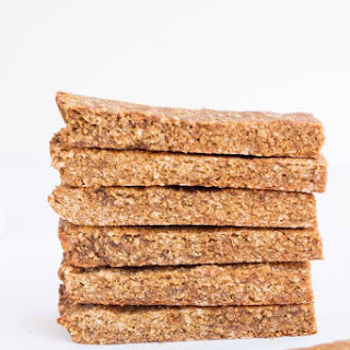 5-Ingredient Quinoa Granola Bars