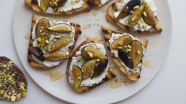 Roasted Blueberry Ricotta Crostini Recipes — Dishmaps
